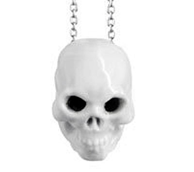 cool_hunting_skull_necklace